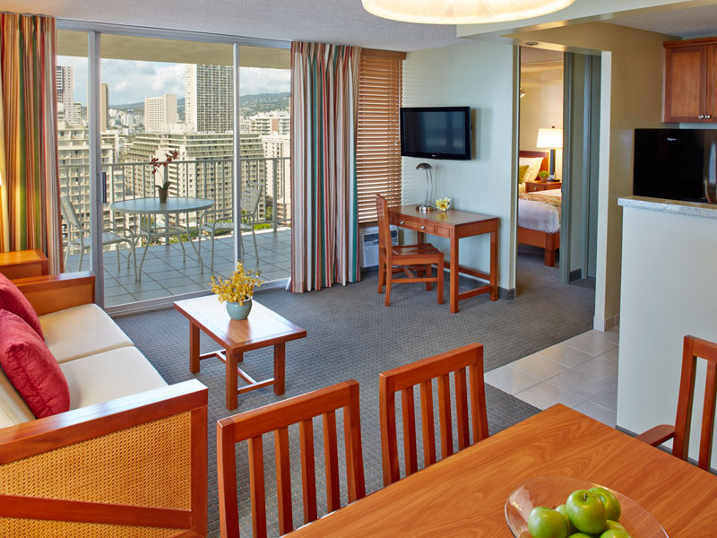 Aqua-Pacific-Monarch-1-Bedroom-Ocean-View-Suite