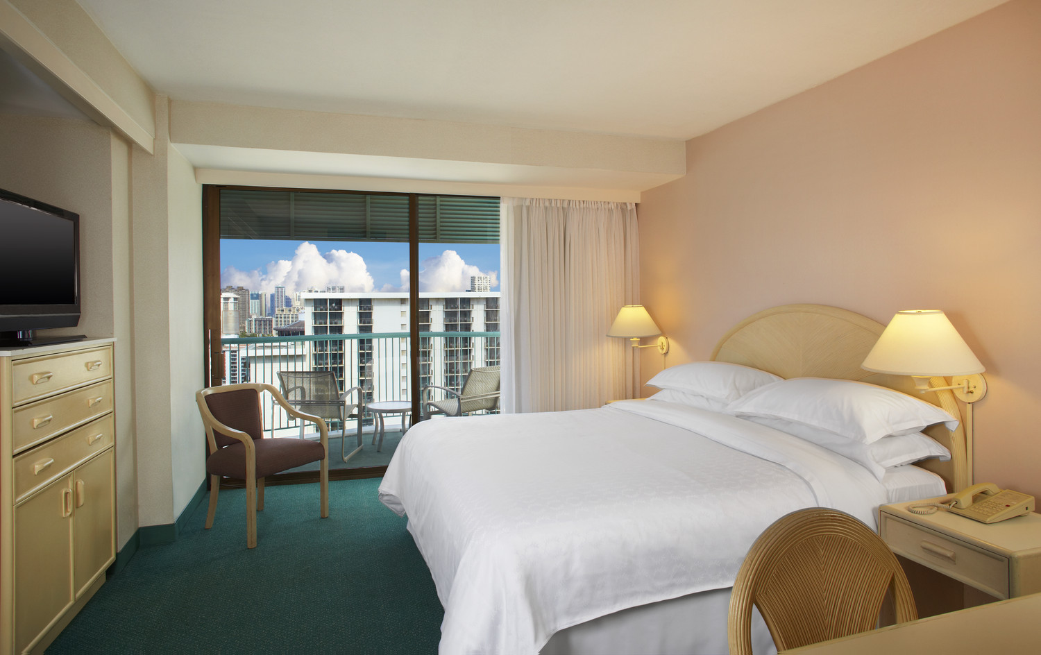 Sheraton-Princess-Kaiulani-High-Tower-Oceanview-Room