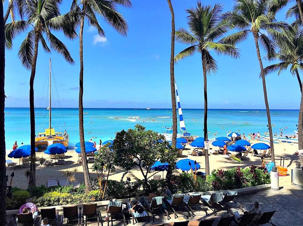 how to get from waikiki to maui