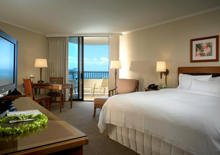 Westin-Moana-Surfrider-Tower-Partial-Oceanview-Room